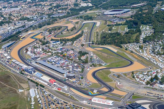 "Featured image for ""Moto2: Mixed Weather Looms in Le Mans as Championship Battle Heats Up"""