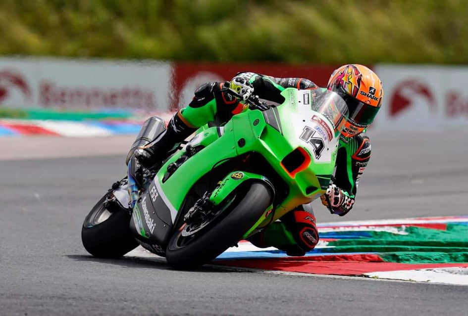 """Featured image for """"BSB: Lee Jackson Tops The Combined Time Sheets At A Damp Thruxton."""""""