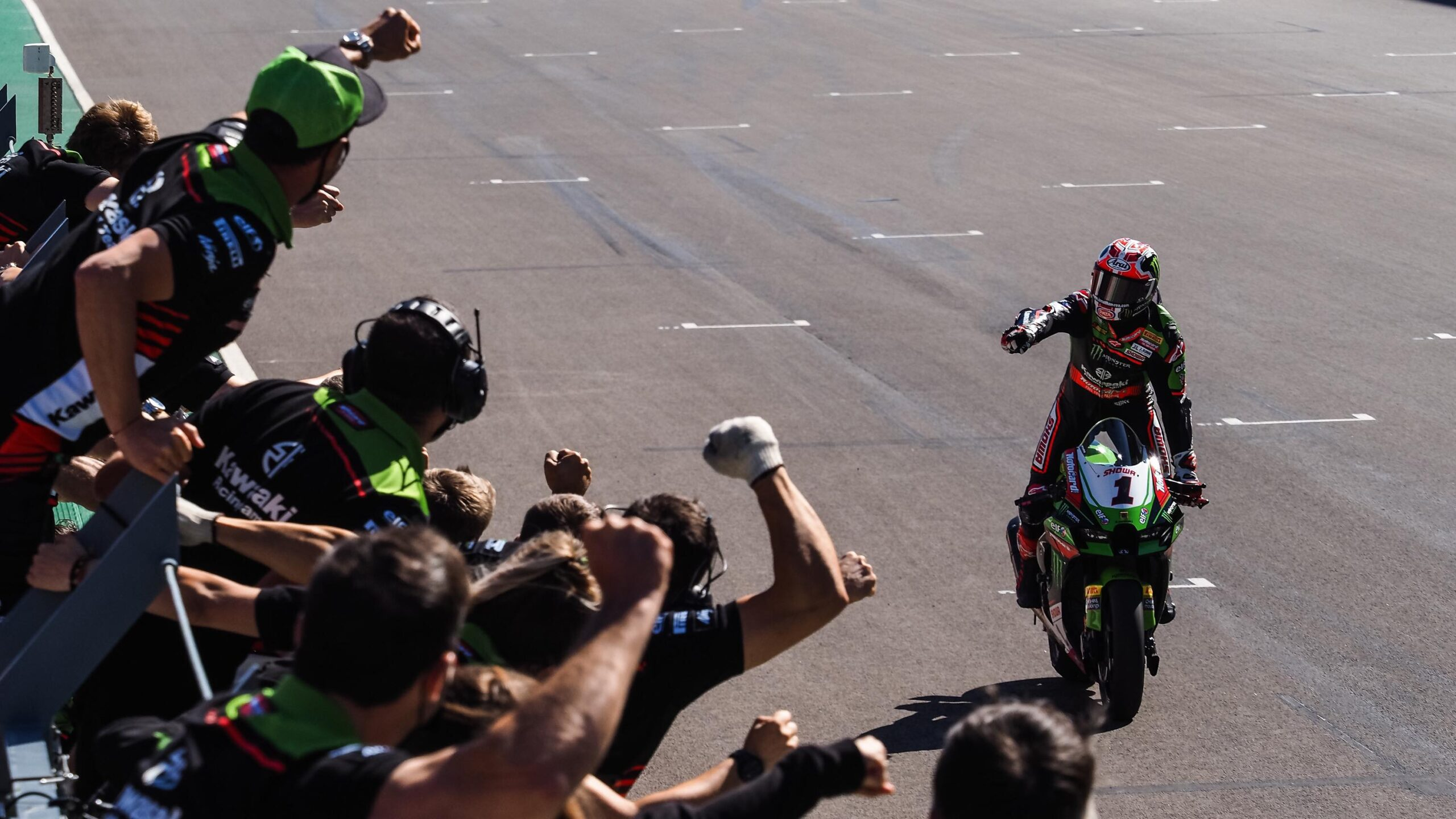 """Featured image for """"WSBK: Johnathan Rea Wins Race Two in Portimao"""""""